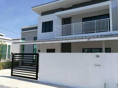 Beautiful Double Storey Terrace Villa-Corner(Aspen Kuantan Taman Jaya)