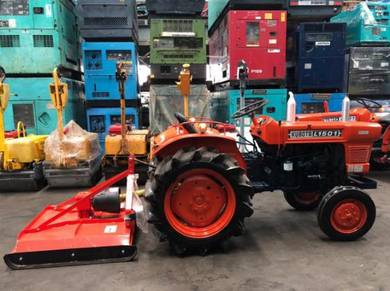 Kubota l1501 farm tractor c/w new grass cutter