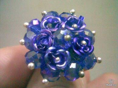 ABRSB-R002 Purple Flowers Beads Silver Metal Ring