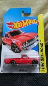 Hotwheels Datsun 620 red not Tomica