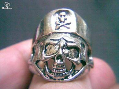 ABRSM-S009 Silver Plated Pirate Skull Ring -Size 9