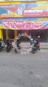 Pinggiran Batu Caves Shop For Sale 20x70