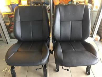 Toyota unser semi leather seat cover