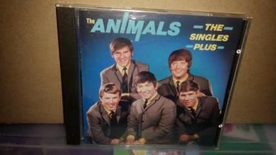 CD The Animals - The Singles Plus