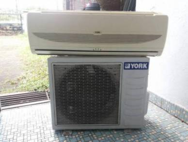 AIR COND 2ND 1HP LIKE NEW FREE 🆓️ INSTALL.