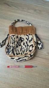 Girl small bag