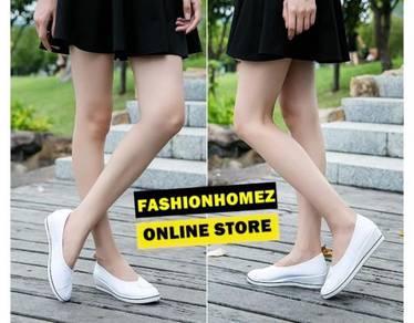 8047 Nurse White Wedges Platform Shoe