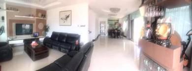 Adamas 118 Villa 2 1/2 Storey Semi-D House For Sale