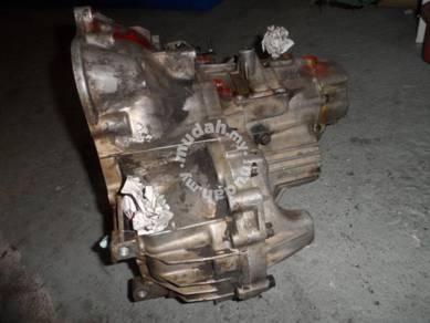 Wira Gearbox Transmission Recond Pump 4G15 1.5L MT