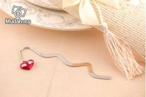 Wedding Gifts - Bookmark with Heart Wings