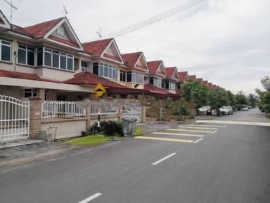 Double Storey Terrace No xX Jalan Universiti 9 Taman Universiti 86400