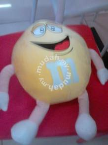 M and m soft toy yellow 12
