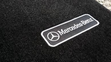 Mercedes Benz W204 AMG Carpet Floor Mat