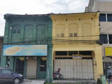 Main Road Commercial Shop in Bayan Lepas For Sale
