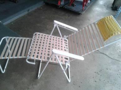 Kerusi malas baru lagi dalam plastik