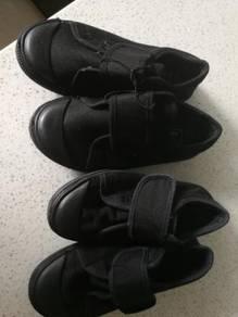 Primary school black shoes