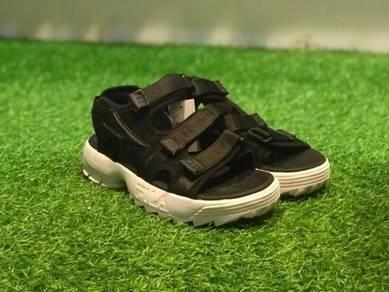 Fila distruptor sandal black white