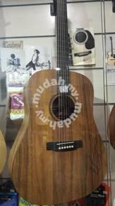 Martin Koa Top guitar