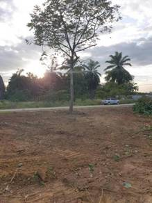 SEPANG - Bungalow Lot Corner Unit. FREHOLD!