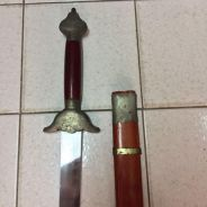 Pedang taichi .