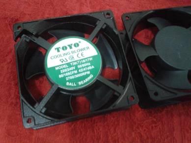T30 220-240VAC18-17W TOYO Cooling Blower