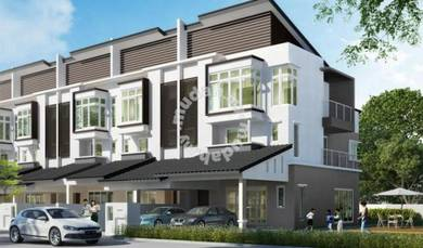 【Brand New】2.5 Storey Landed House in Petaling Jaya with CCC 2019