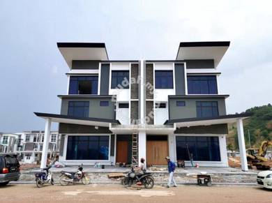 Iskandar Puteri Winter Pavilion 3 Storey Semi Detached