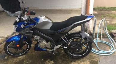 FZ150i biru 2016