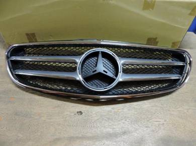 Mercedes E-class W212 New Facelift Front Grille