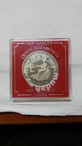 UK Queen Elizabeth II 60th Birthday Silver Medal