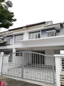 Indah Elite Kemuning Utama, Kota Kemuning Partially Furnished For Rent