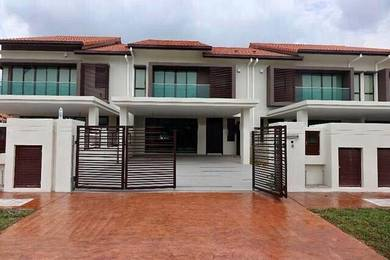 Semi D Concept[4Bed 4Bath] Freehold 2Storey 24x80 Superlink Resort