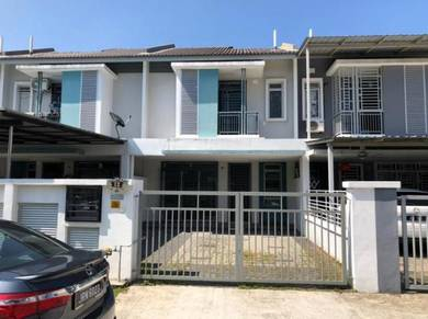 Double Storey Terrace House at Taman Nusa Bayu
