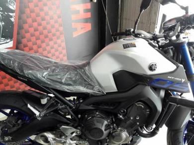 Yamaha mt09 new old stock
