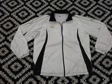 Mizuno training jacket size L
