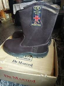 Safety boot dr martini