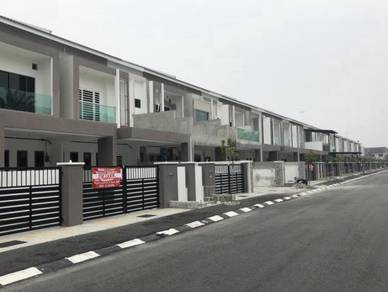 The best location for own-stay at the centre of sitiawan:-