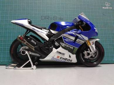 1:10 Moto GP 2013 Yamaha Team