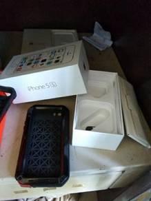 Box iphone 5s 32gb + cassing waterprof ip5s