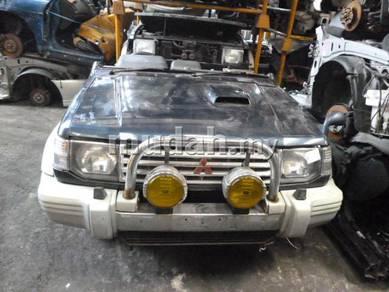 JDM HalfCut Mitsubishi Pajero V46 4M40-T 2.8L Auto