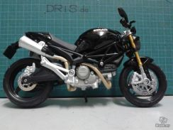 Ducati Monster 696 Black