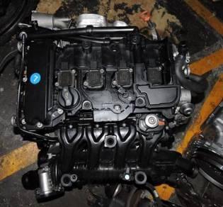 Mercedes W204 W207 W212 M271 CGI Engine Kosong