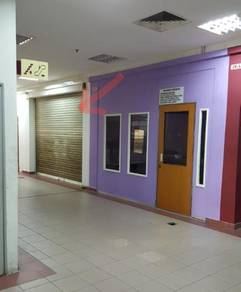 - Shah Alam Office/shop lot level 1 with lift and escalator
