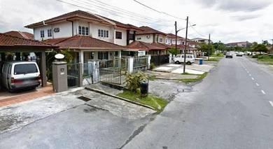 Double Storey Semi Detached House For Sale Taman Green Wood, Kuching