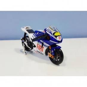 Maisto 1:18 Yamaha Fiat #46 MotoGP Diecast Motor