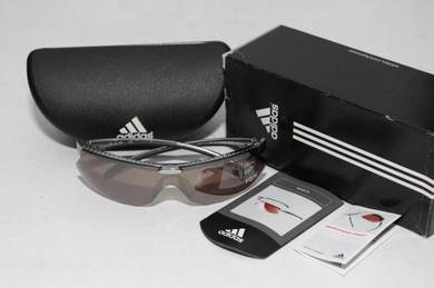 Adidas OnParII L sunglasses