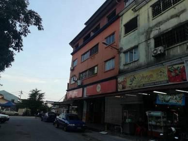 3 storey shop apartment level 2 taman sentosa klang NICE UNIT