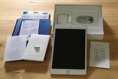 Ipad mini 4 gold cellular / wifi good condition
