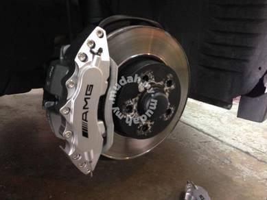 Mercedes AMG brake caliper cover