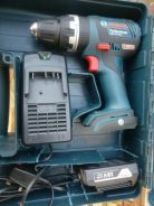 Bosch GSB 18V-EC sekali bateri dan charger